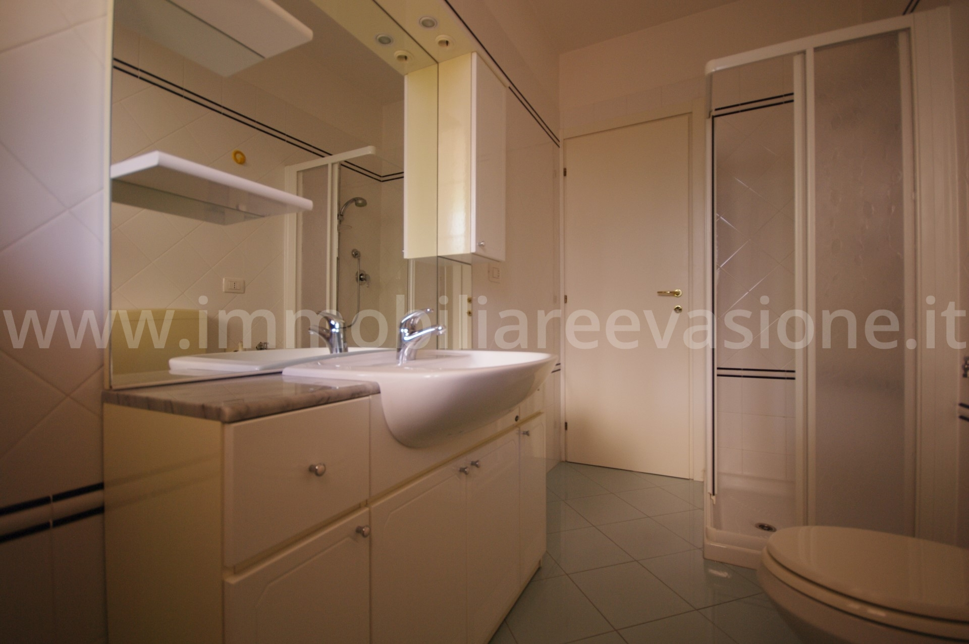 In vendita al lido di pomposa villetta residenziale for Case in vendita riviera romagnola